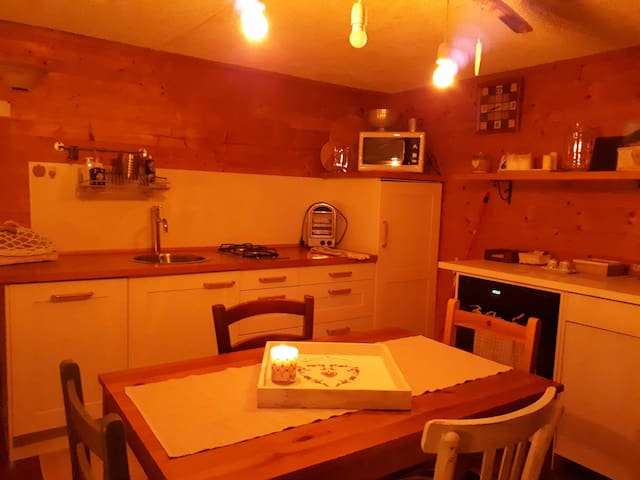 Romantic tavern in the heart of the Seven Lakes - Cocquio Trevisago - Wohnung