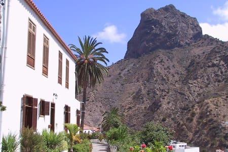 Casa Rural Karen - Vallehermoso - Hus