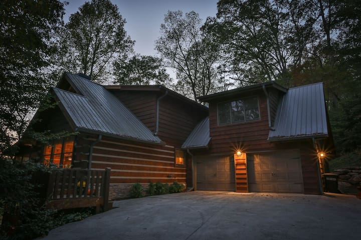 The Perfect Family Cabin