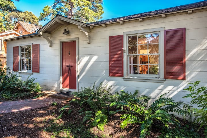 The quintessential Carmel Cottage.