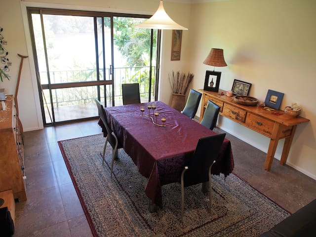 Sth Golden Beach, Private room, close to Bluesfest - Ocean Shores - Bed & Breakfast