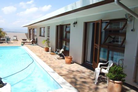 Wilbeth in the North of Cape town - Ciudad del Cabo