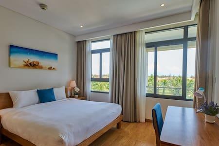CHARM-Luxury Apt2BR/PoolView/PrivateBeach 5*Resort
