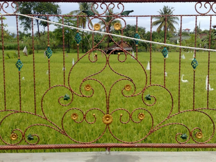 Rumah Zen - Balinese home  in spacious garden
