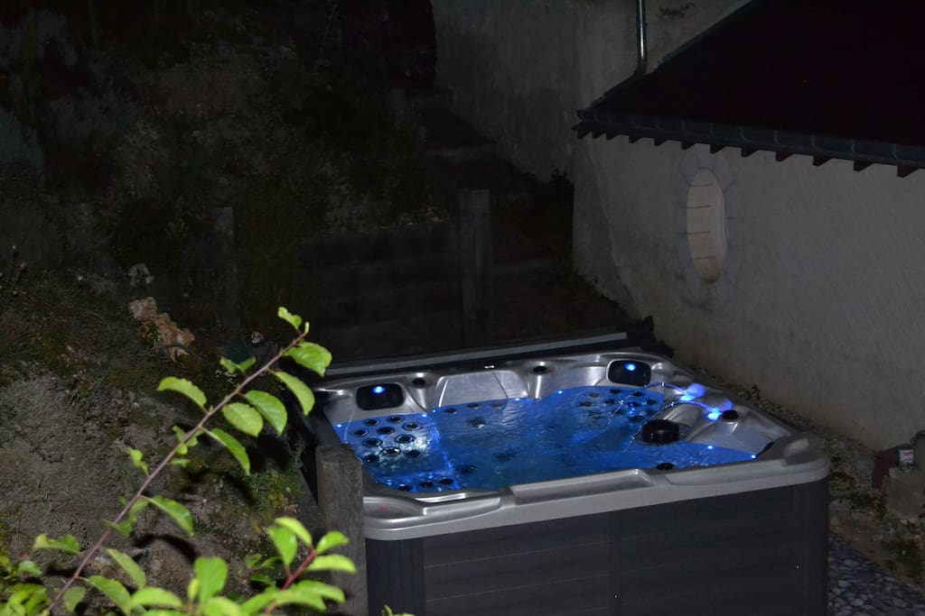 Spa in the night