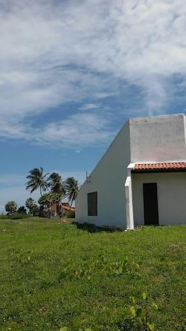 Casa Próxima à Praia do Coqueiro