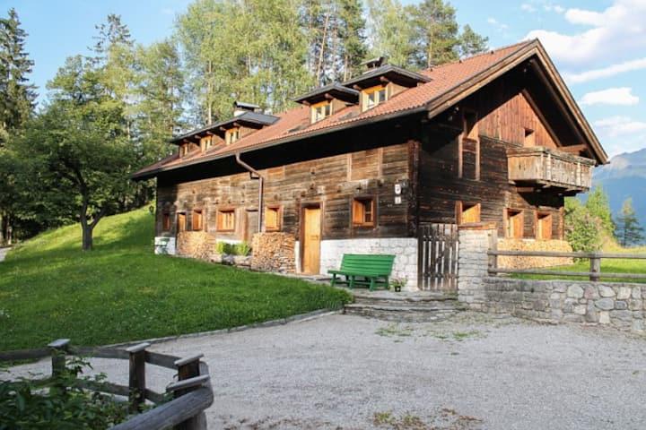 """Sturlbachhaus"" in Tiroler Bauernhaus"