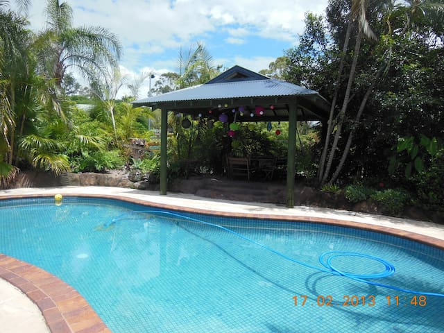 Great family home Gold Coast - Tallebudgera - บ้าน