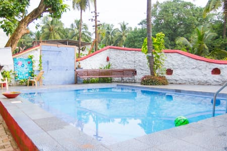 Contemporary 2BhK &Pool ॐCalangute