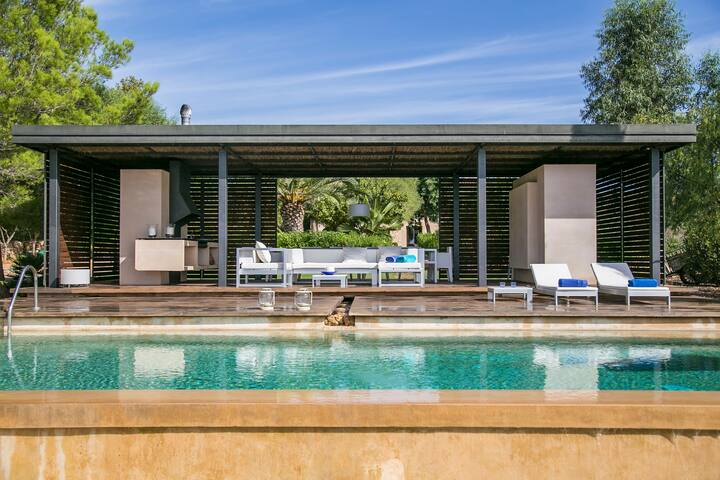EXCLUSIVE VILLA NEAR PALMA WITH BOOKABLE BREAKFAST - Palma de Mallorca - Villa