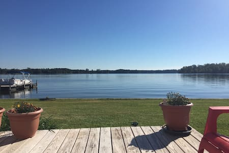 Clean updated lake front condo - Ninety Six - Appartement en résidence