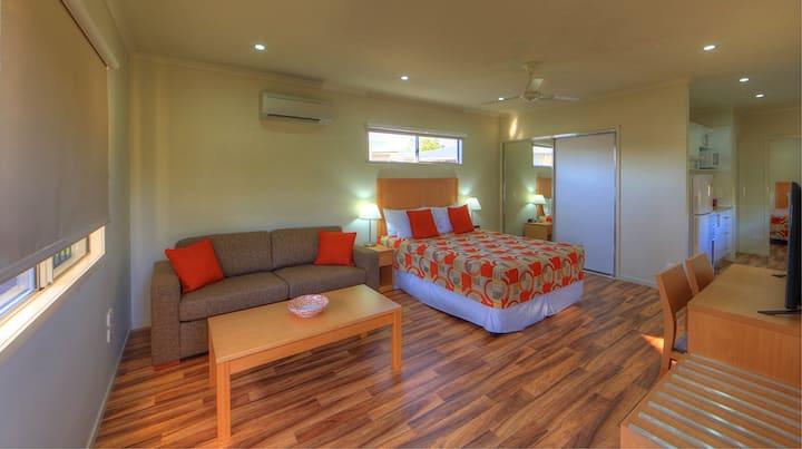 2 Bedroom Family Villa @ Chinchilla Motor Inn