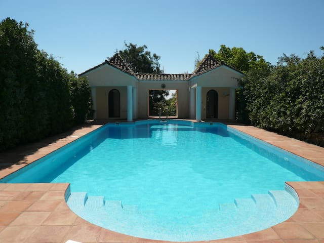 Guesthouse with private pool/garden - Tarifa - Villa