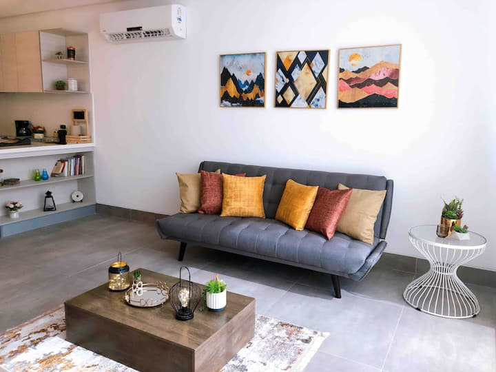 Exclusive and cozy apartment in front Mall del Sol