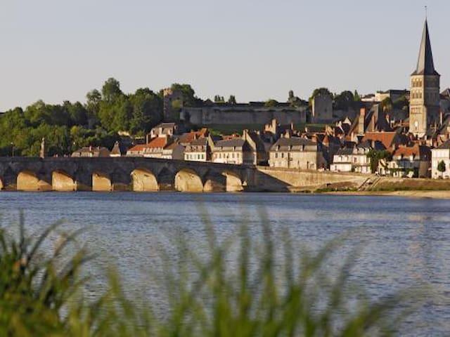 Jolie maison 3 chambres à La Charité Sur Loire