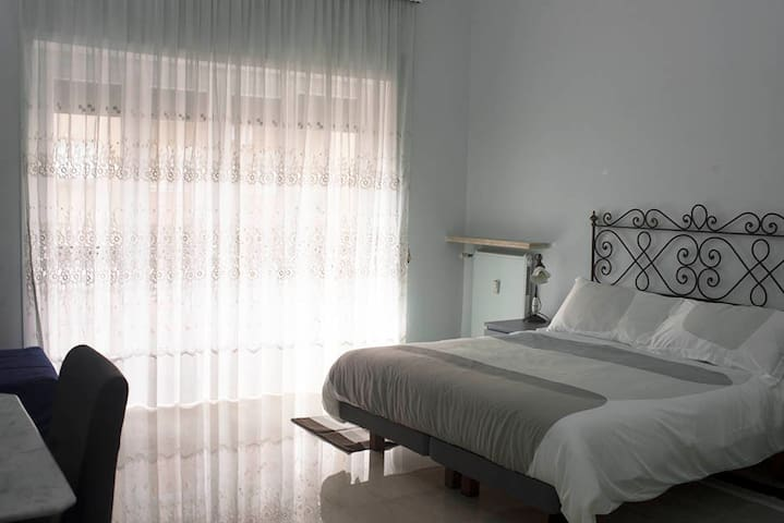 APRILE E MAGGIO 69€ 2 PERSONE! - Roma - Bed & Breakfast