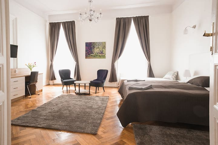 Ozone Private Rooms - 4, Budapest