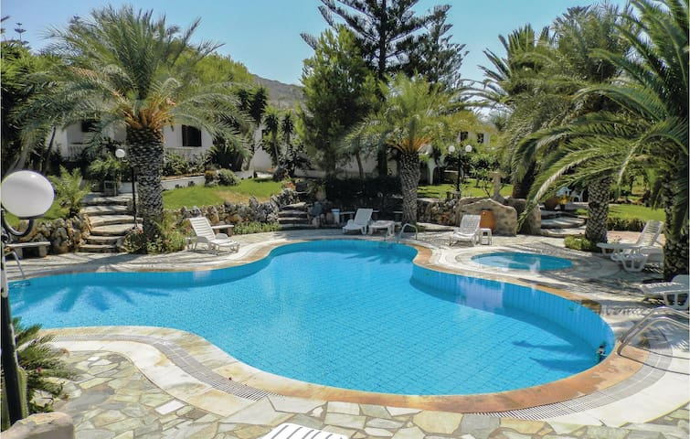 Holiday cottage with 2 bedrooms on 60m² in Sitia/Kreta