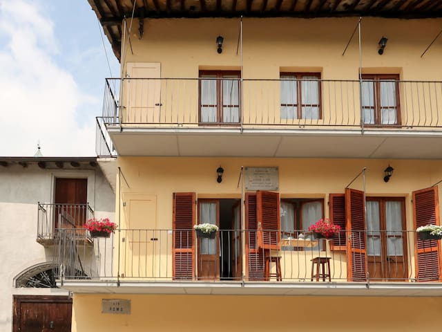 Holiday apartment in Sparone for 2 persons