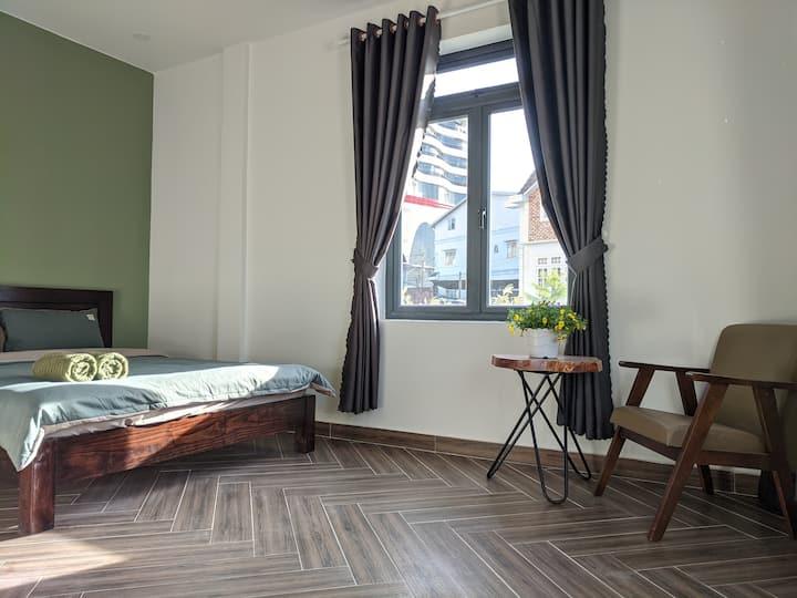 Double room in beautiful villa with green garden