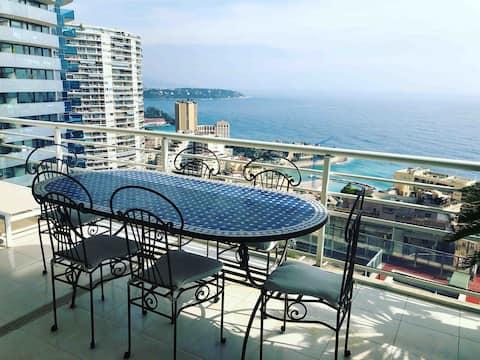 111m2 ylellinen kattohuoneisto Monaco merinäköala