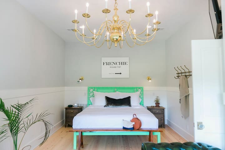 Round Top's Stylish Hospitality- The Frenchie