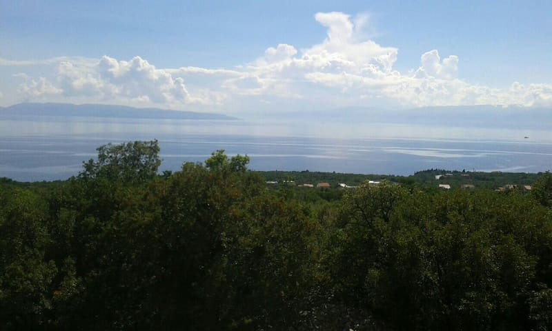 Sweet apartmant with beautiful view - Rožmanići - Leilighet