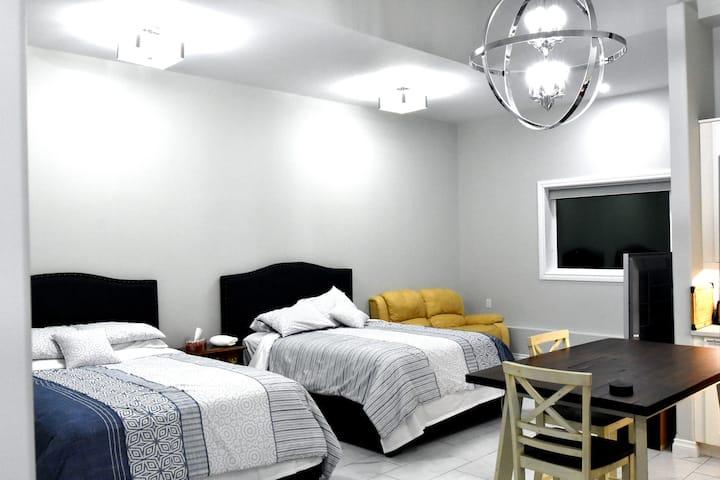 Aurora Max Suite A