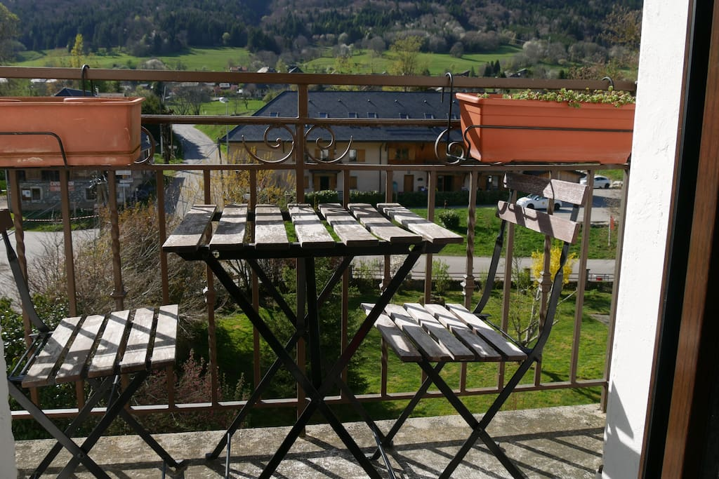 Un petit balcon pour vous détendre au soleil