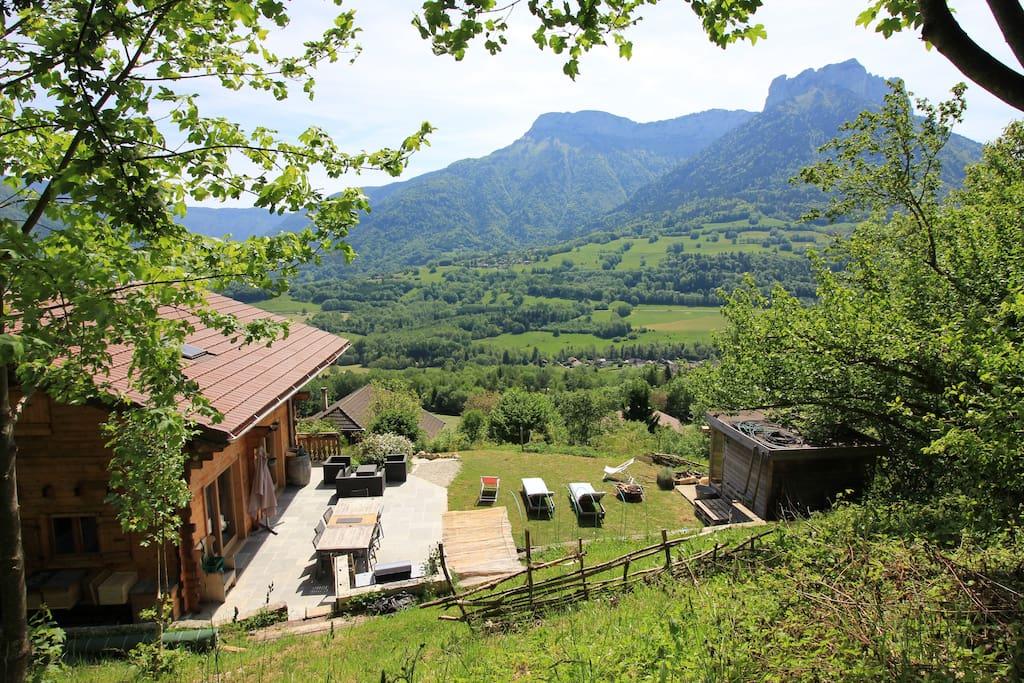 Chalet vue splendide 5km lac d 39 annecy chalet in affitto for Splendide planimetrie della casa