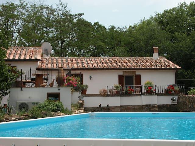 Beautifully restored Villa inc Pool & large garden
