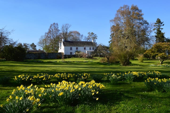 Essendy Country House - Blairgowrie - Bed & Breakfast