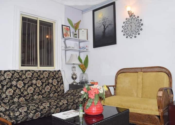 Suzan's Place-A One Bedroom Service Apartment