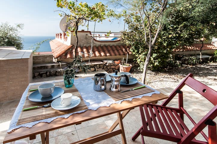 Hotel Aeneas Landing 2018 (with Photos): Top 20 Places to Stay in ...
