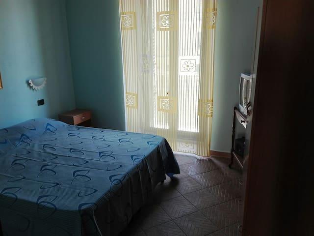 Piccolo appartamento in centro vicino al mare - Porto Empedocle - Apartamento