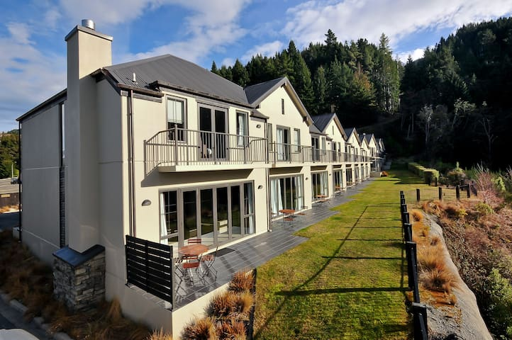 Alpine View Villa