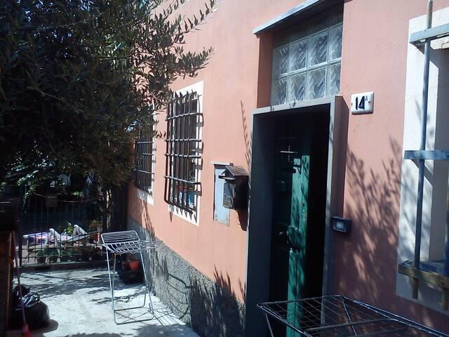 monolocale  centro/mare - Genua - Apartament