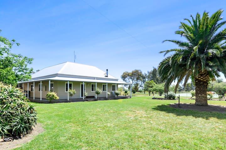 Wondoomarook Farm Stays - Entire House
