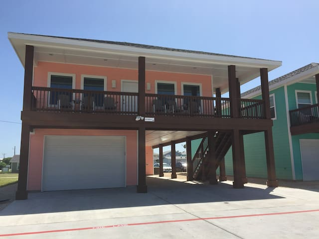 Newport House #2 - 1BR/1BATH; 2 blocks from beach - Port Aransas - Maison