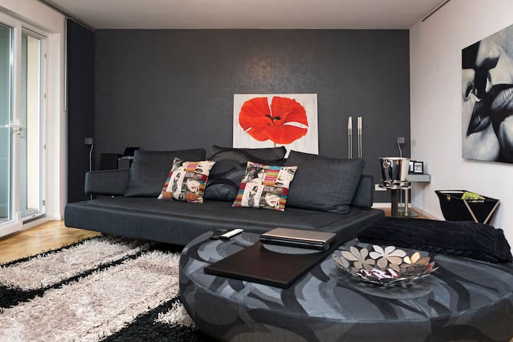 design wohnung nah messe d sseldorf flats for rent in hilden north rhine westphalia germany. Black Bedroom Furniture Sets. Home Design Ideas