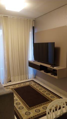 """sala com tv a cabo e """"WIFI"""""""