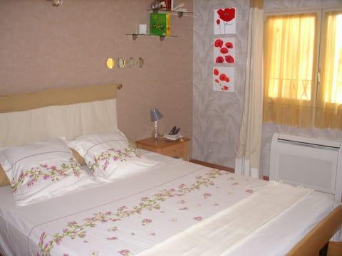 Chambre chez l'habitant à 5 mn d'Eurocentre