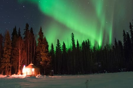 Just Short of Magic Yurt Stay B&B - Fairbanks - Yurt