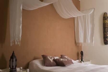 Attractive Moroccan room in a riad - Esauira