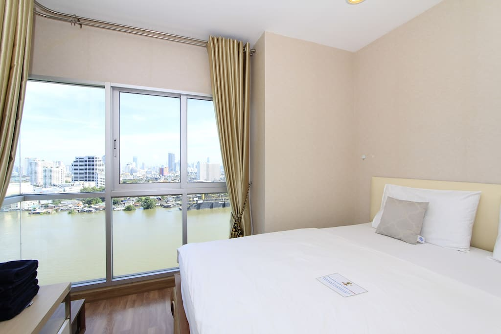 Indulged Curve of Chao Phraya River from your own bed
