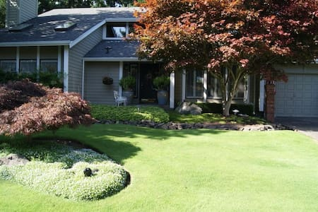 Chambers Bay Bed & Breakfast Paris - University Place