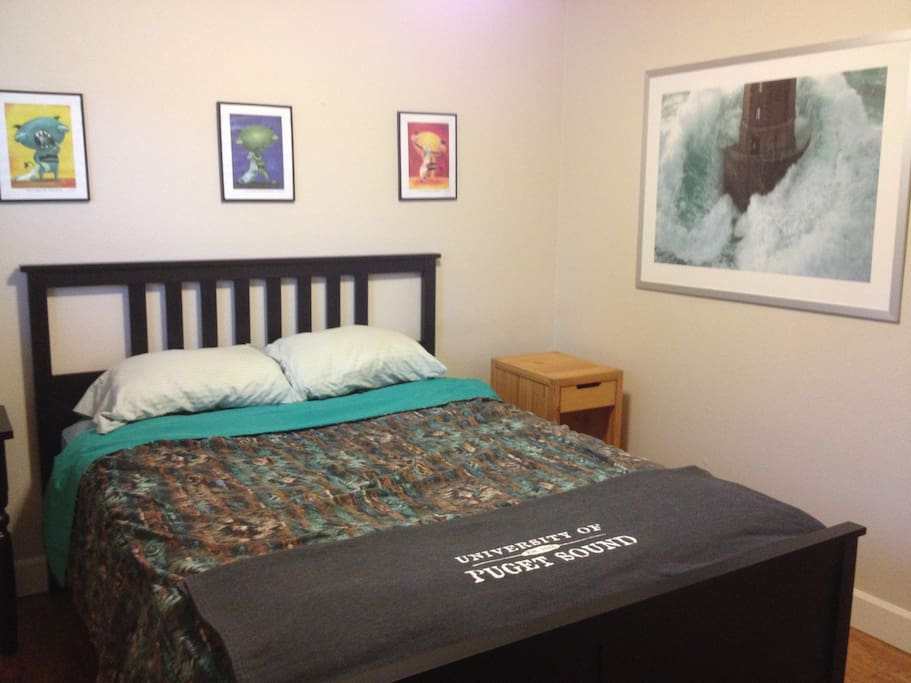 Great Room In Historic North Tacoma Apartments For Rent