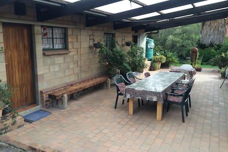 Cottage in Edenvale - Edenvale - 公寓