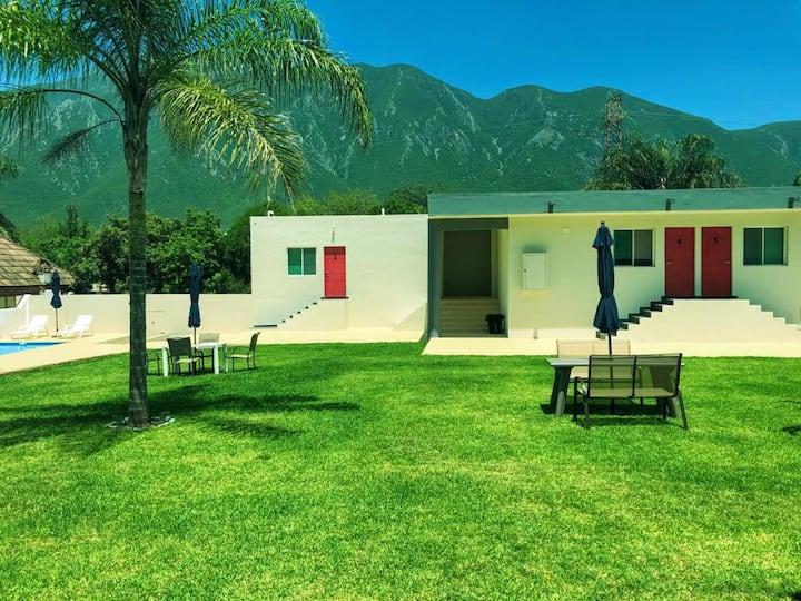 Suite de lujo #1 sur de Monterrey/con alberca