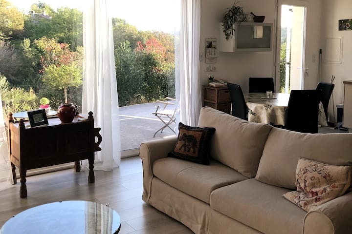 Valensole/T2/ 50m²/ jardin/parking privé/au calme